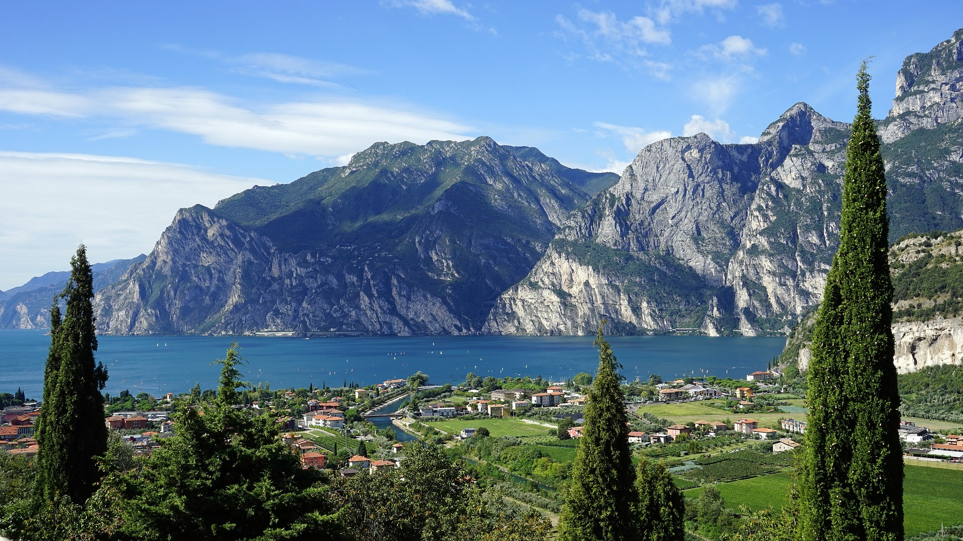 5 Things to Pack for a Walking Holiday in Europe